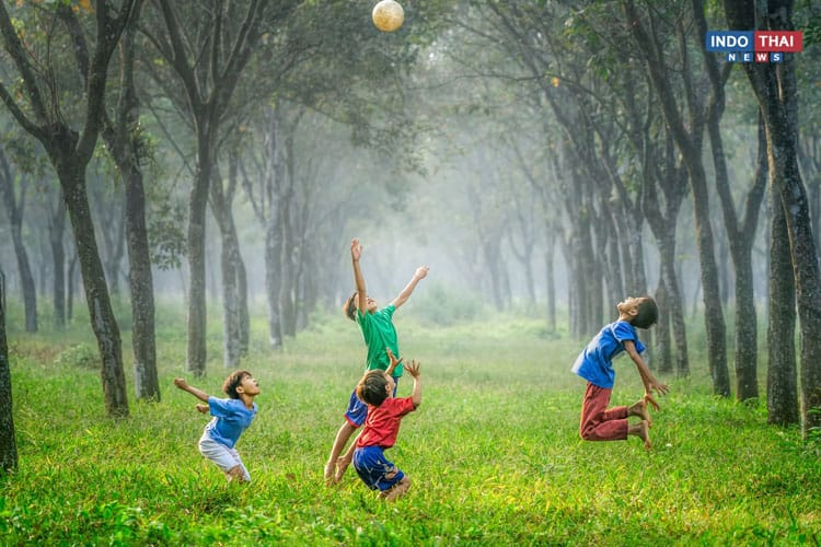 Why Should Children Play Outdoors?